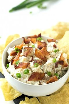 6-Ingredient Gouda Bacon Ranch Dip Recipe - So easy to make with hardly any ingredients and takes only 5-minutes! Made with cream cheese and ultra creamy plain greek yogurt. Perfect appetizer for parties or snacking! It's my favorite dip over buffalo chicken dip!