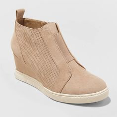 Women's Kolie microsuede wedge sneakers in the color taupe. Brand is a new day from target, size 8 Bought in the summer, wore two or three times before deciding they weren't my style. Sneaker Heels, Shoes Heels Wedges, Wedge Heels, Women's Shoes, Wedge Tennis Shoes, High Heels, Sneaker Outfits, Wedge Boots, Boys Shoes