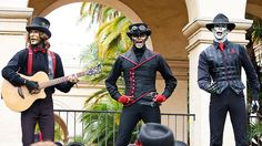 Steam Powered Giraffe! See them at the Sand Diego Zoo this summer...or check out their website steampoweredgiraffe.com
