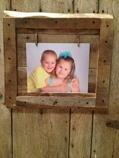 If you really desires to have an amazing wooden photo frame at your home than, try to create this reclaimed wood pallets project not only for hanging your beautiful memories/pictures in it but also to show your love to your loved one with your own crafted wooden project.