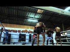 I'm not sure if I've pinned this one already, but oh well. It's greatly edited. Good music track too. Boon Muay Thai Gear - Made in Thailand https://www.behance.net/gallery/Boon-Muay-Thai-Gear/7219481