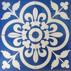 Blue Royal Reproduction