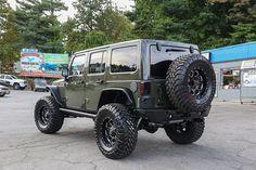 Custom 2015 Jeep Wrangler Unlimited Rubicon Tank