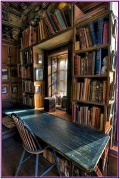 40 Stunning Home Libraries with Rustic Design urz Bookshelves Ideas Design Home Libraries Rustic Stunning urz Library Room, Dream Library, Library In Home, Closet Library, Library Cafe, Reading Room Decor, Home Libraries, Library Design, Library Ideas