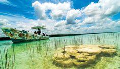 Laguna de Bacalar en Bacalar, Quintana Roo