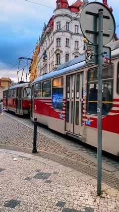 Places To Travel, Travel Destinations, Places To Visit, Sky Aesthetic, Travel Aesthetic, Prague Winter, Paris Wallpaper, Prague Travel, Prague Czech Republic