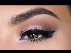 Enhance your beauty with eye makeup. Find Eye shadow, multi-color cream shadow, Eyeliner pen and Mascara at Aurora cosmetics.