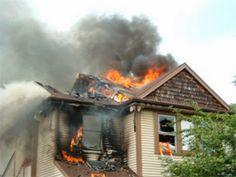 EPIRUS TV NEWS: (ΕΛΛΑΔΑ)Παραδόθηκε στις φλόγες και καταστράφηκε ολ...