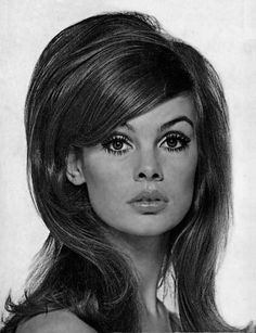 Jean Shrimpton looks beautiful with the #classic #eighties hairstyle, easily our #HairHero