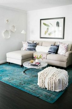 75+ Best Ideas To Decorate Your Living Room With Turquoise Accents