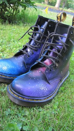 Galaxy doc martens