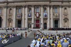 """Il Papa canonizza prime sante palestinesi. Testimoni della resurrezione """"dove più forte è l'oblio di Dio"""" (VIDEO)"""
