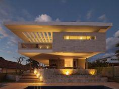 Casa JPGN / Danilo Matoso Macedo, Brasil http://www.arquitexs.com/2012/10/casa-jpgn-danilo-matoso-macedo.html