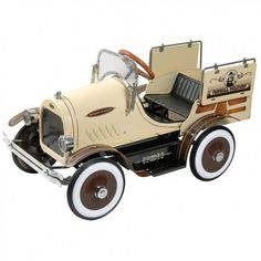 *ANTIQUE PEDAL CAR oh god I wish I could get my kids one like this