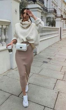 44 Best Mix Casual and Modest Outfits for Winter Fashion - Mode Fur Frauen Nude Outfits, Modest Outfits, Modest Fashion, Trendy Outfits, Dress Fashion, Sporty Chic Outfits, Ladies Outfits, Outfits Niños, Cozy Outfits
