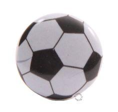 Stoere deurknop voor in de voetbalkamer! Voor nog veel meer deurknoppen kijk je op www.engeltjesendraken.nl.