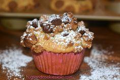 Cinnamon & Graham Cracker Chocolate Chip Muffins - Hugs and Cookies XOXO