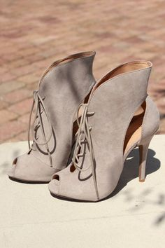 d5be8b26221b 14 Best Chinese Laundry Shoes images