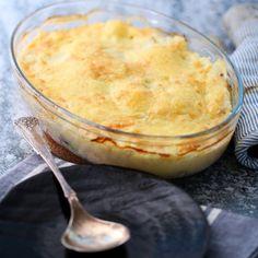 Potetmosgrateng med laks | Sunnere Livsstil 20 Min, Pudding, Desserts, Food, Tailgate Desserts, Meal, Dessert, Eten, Puddings