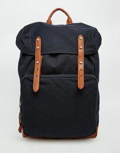 Esta mochila de Asos es la última moda en streetwear... En ella te cabrá todo lo…