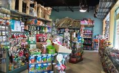 Improving #Retail Space in Pet Stores! Handy Store Fixtures latest blog post.
