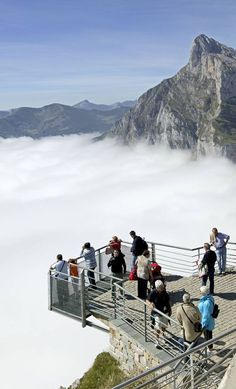 Mirador de Fuente Dé -Cantabria Spain Picos de Europa Places Around The World, Oh The Places You'll Go, Travel Around The World, Places To Travel, Places To Visit, Around The Worlds, Wonderful Places, Beautiful Places, Spain And Portugal