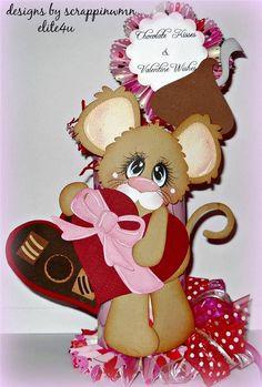 ELITE4U SCRAPPINWMN PREMADE  SCRAPBOOK VALENTINE TREAT HOLDER LOVE PAPER PIECING
