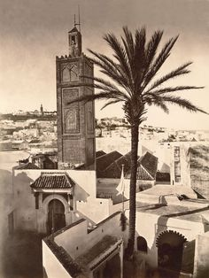 Tanger, 1889  par George Lévy - before all the satellite dishes were on every rooftop