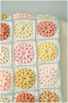 Crochet Granny Square Blankets 21 Cute Crochet Granny Square Projects - everything from throws to pillows to cute little projects! - 21 Cute Crochet Granny Square Projects - everything from throws to pillows to cute little projects! Diy Tricot Crochet, Crochet Motifs, Crochet Squares, Crochet Granny, Knit Or Crochet, Filet Crochet, Crochet Crafts, Crochet Stitches, Crochet Hooks