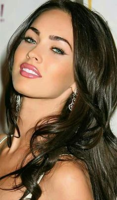 Megan Fox – Hollywoods sexiest girl , that ever l… Megan Fox Face, Megan Fox Sexy, Megan Fox Fotos, Megan Denise Fox, Megan Fox Blonde, Megan Fox Makeup, Megan Fox Eyebrows, Megan Fox Style, Most Beautiful Faces