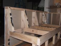 Banquette Seating How To Build Kitchen Banquette, Kitchen Seating, Kitchen Benches, Dining Nook, Kitchen Nook, Banquette Bench, Banquet Seating, Booth Seating, Kitchen Booths