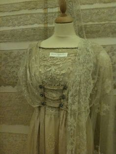 Rosemary Cathcart Antique Lace and Vintage Fashion: March 2011