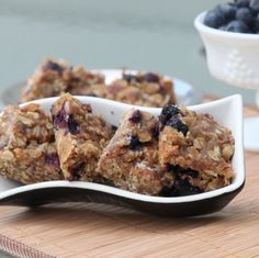 Chewy Blueberry-Oats Bars with Honey