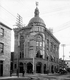 1901 - Sun Life Building at the corner of Bank and Sparks ST.