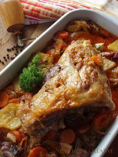 La cuisine creative: Kolenica u finom saftu sa slaninom i povrćem