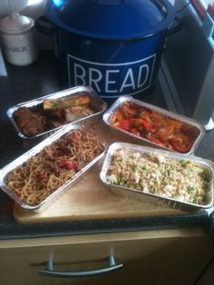 Vicki-Kitchen: Takeaway/ Fakeaway night!! (slimming world friendly) ... Using Cannelloni for the spring rolls
