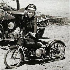 Indian Motorcycle Women Riding Bikes Ideas For 2019 Vintage Indian Motorcycles, Vintage Bikes, Vintage Motorcycles, Biker Chick, Biker Girl, Motorcycle Women, Motorcycle Helmet, Enfield Motorcycle, Motorcycle Touring