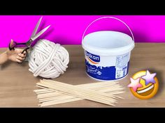 Awesome recycling idea with wicker rope and plastic bucket - YouTube Rope Crafts, Diy Home Crafts, Recycled Crafts, Flower Crafts, Diy Home Decor, Diy Lampe, Make A Lamp, 5 Minute Crafts, Sisal