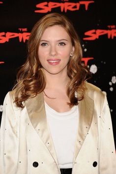 "Scarlett Johansson Photos - Actress Scarlett Johansson attends a photocall for ""The Spirit"" at the Santo Mauro Hotel on December 02, 2008 in Madrid, Spain. (Photo by Carlos Alvarez/Getty Images) <i></i>* Local Caption <i></i>* Scarlett Johansson - Celebrities Attend The Spirit Photocall"