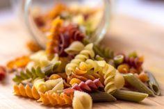 Pasta zonder koolhydraten bestaat die wél? Eet je graag pasta, maar wil je ook snel afvallen? Dat kan, zeker als je voor de juiste soort pasta kiest.