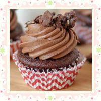 100 Grand Cupcakes by Cookbook Queen