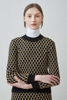 Women's Outfits 2017/2018   :    Arthur Arbesser Fall 2015 Ready-to-Wear – Collection – Gallery – Style.com   https://greatmag.net/fashion/outfits/trendy-womens-outfits-2017-2018-arthur-arbesser-fall-2015-ready-to-wear-collection-gallery-style-com-2/