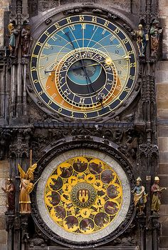 Orloj - Relógio Astronômico / Astronomical Clock by andrebnu, via Flickr