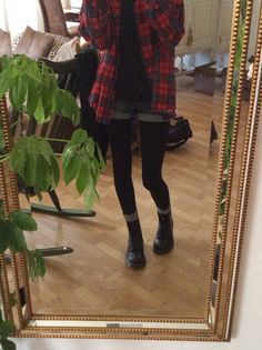 Girls in Doc Martens: Photo