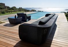 New contemporary garden furniture design Ideas Contemporary Garden Furniture, Garden Furniture Design, Modern Outdoor Furniture, Pool Furniture, Wicker Furniture, Outdoor Decor, Furniture Ideas, Garden Modern, Rattan Sofa