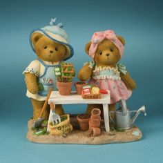 Cherished Teddies 4012864 Watch What Can Grow With Seeds of Hope Teddy Bear Priscilla and Glen Hillman Teddys Bears Figurine Collectibles Collectible Gift Gifts Dora Pictures, Polymer Clay Pens, Clay Bear, Polymer Project, Tiny Teddies, Decoupage, My Teddy Bear, Boyds Bears, Love Bear
