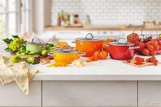 Silit Passion Yellow, Passion Red, Passion Orange. Rewelacyjne naczynia kuchenne bez niklu. Wmf, Kitchen Cart, Table Settings, Table Decorations, Orange, Home Decor, House, Spices, Cook