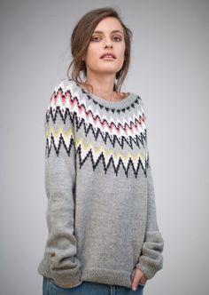 Bilderesultat for sandnes garn Cardigan Pattern, Sweater Knitting Patterns, Knit Patterns, Circular Knitting Needles, Knitting Stitches, Free Knitting, Icelandic Sweaters, Fair Isle Knitting, Knitwear