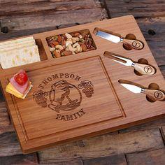 Personalizado de bambú para cortar pan queso servir bandeja tablero con herramientas (025209) madera