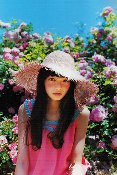 Eye Makeup eye makeup looks for blue eyes Japanese Models, Japanese Girl, Japanese Beauty, Pretty People, Beautiful People, Komatsu Nana, Art Poses, How To Pose, Ulzzang Girl